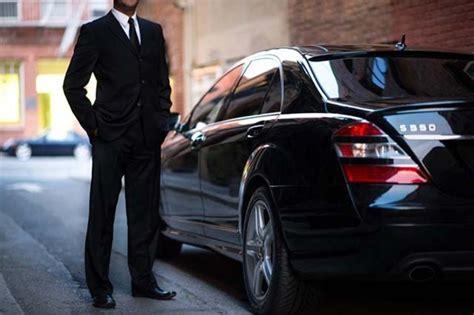 Luxury Car Service by Luxury Car Service Cabroma