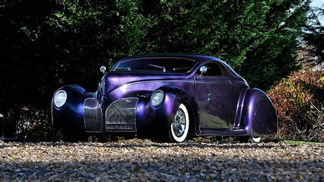 blue oval authentic  lincoln zephyr street rod