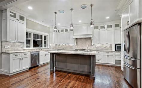cuisine en blanc cuisine design ou la magie du blanc design feria