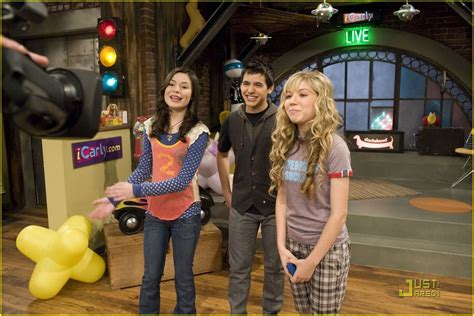 Image David On Icarly David Archuleta 3784931 1222 815