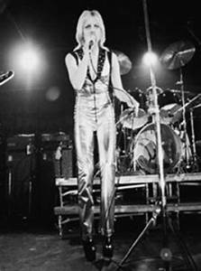 Neon Angel – Interview with The Runaways' Cherie Currie