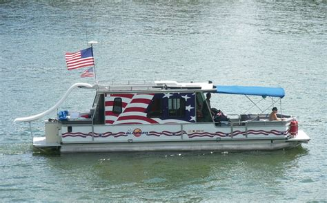 Pontoon Boat Flags by Today June 14th 2012 Is Flag Day Pontoon Forum Gt Get