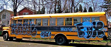 Graffiti School : Graffiti. School Bus. Woodstock.
