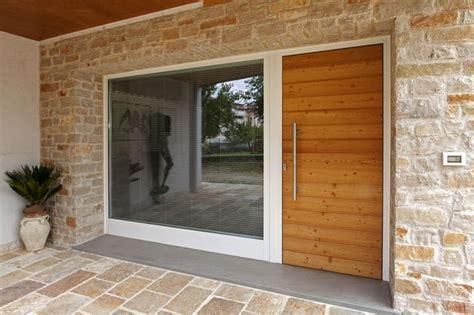 portoni ingresso portoni d ingresso con vetrate cerca con ante