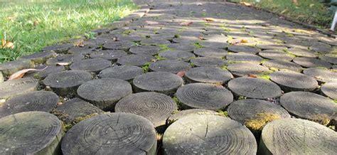 Einen Gartenweg Selber Anlegen by Gartenwege Selber Anlegen Werkzeug Heimwerker Tipps