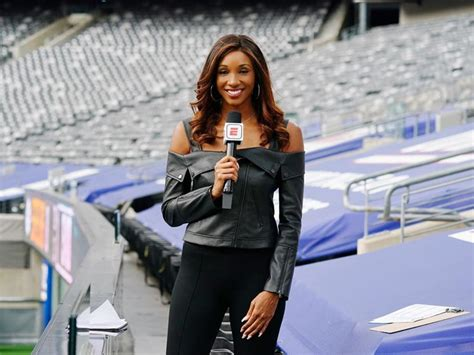 NFL 2020: Maria Taylor outfit deleted tweet, Dan McNeil ...