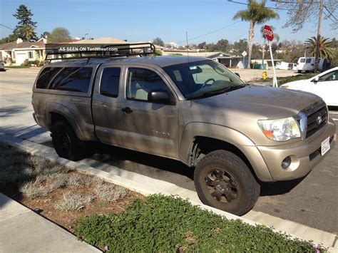 toyota tacoma base extended cab pickup  door