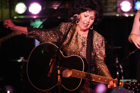 Wanda Jackson Celebrates Her 70th By Rockin' The Cadillac