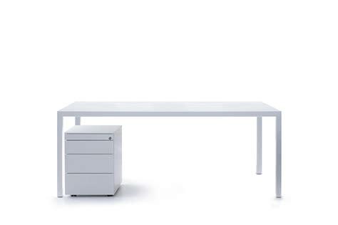 immagini scrivanie scrivania da ufficio desk with immagini scrivanie