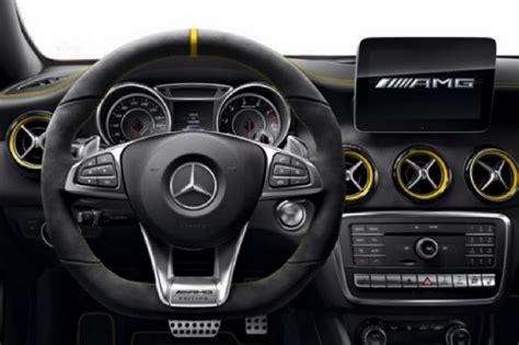 a 45 amg interieur mercedes a 45 amg et 45 amg s 233 rie sp 233 ciale yellow edition photo 4 l argus