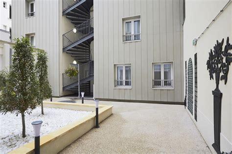 kyriad 18 porte de clignancourt montmartre hotel