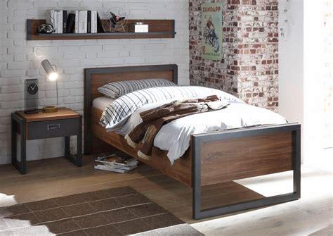 Bett Industrial Style by Home Affaire Bett 171 Detroit 187 In 3 Breiten In Angesagtem