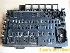 Freightliner Columbia Century Fuse  U0026 Relay Box Panel A06