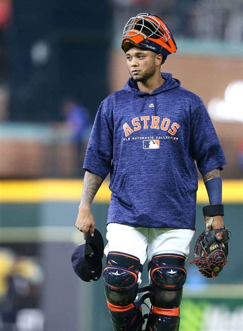 Catcher Martin Maldonado arrives eager to help Astros