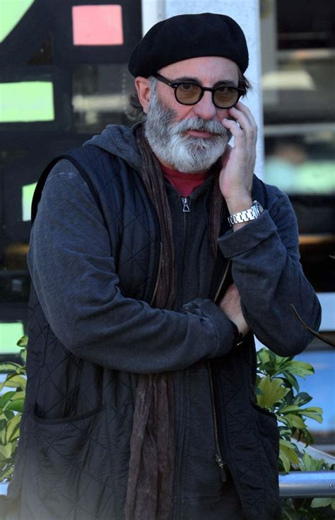 andy garcia  homeless  bushy beard
