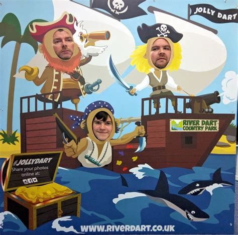 How To Make A Boat Game In Alice by Who Uses Our Face In Hole Boards Photo Cutouts Blog