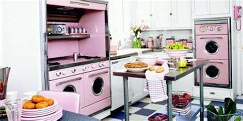 imported kitchen accessories pink retro kitchen decorating ideas vintage kitchen decor 1819