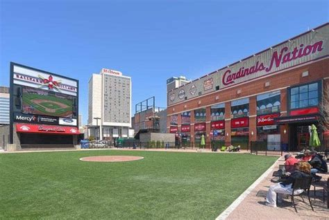 2 Bedroom Hotels In St Louis Mo by St Louis Ballpark Village Parking Picture Of Hilton St