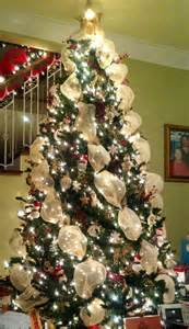 White Christmas Tree Gold Ornaments