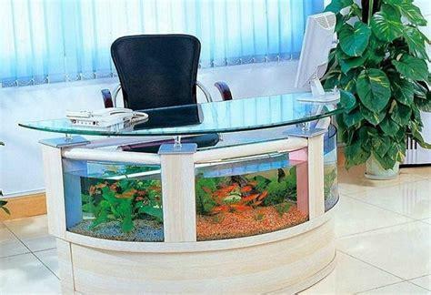 bureau aquarium aquarium design idées originales de meubles aquarium