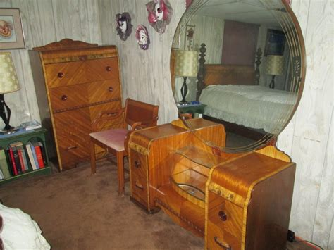 i a united furniture co nc room