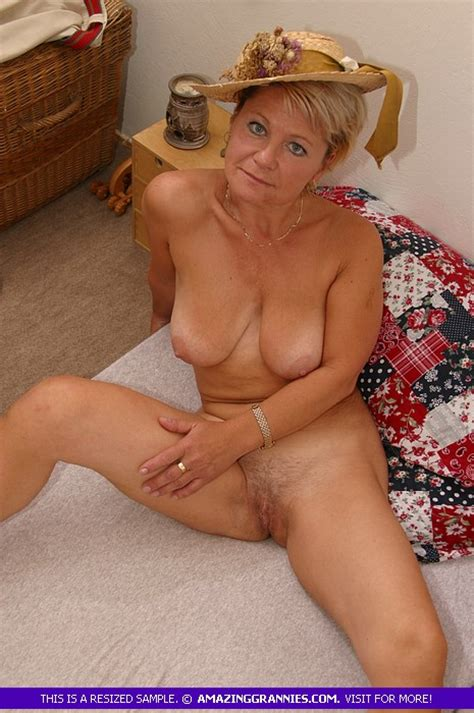 German Granny Is Showing Her Sexy Seduction Skills She Got Naked And Masturbate Her Old Pussy To