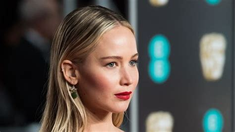 Jennifer Lawrence X Factor - Artist and world artist news