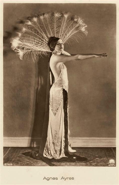 Hermosas Postales De Hace 100 Años Que Muestran La Belleza De La Mujer Tronya
