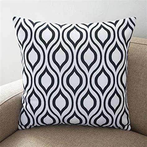 white sofa throw pillows black and white sofa pillows black and white throw