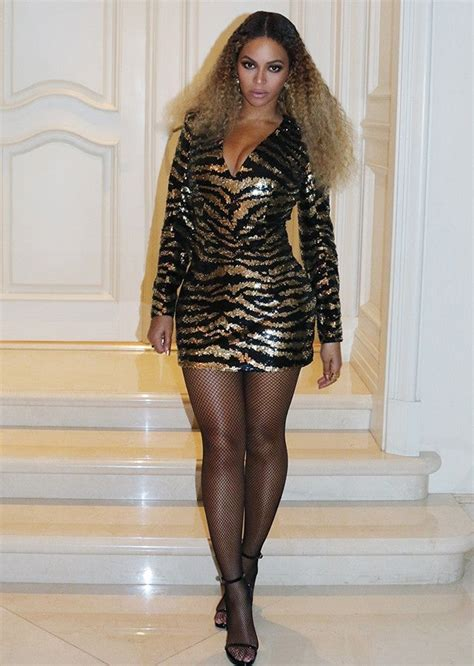beyonce  mariah carey rock   balmain minidress