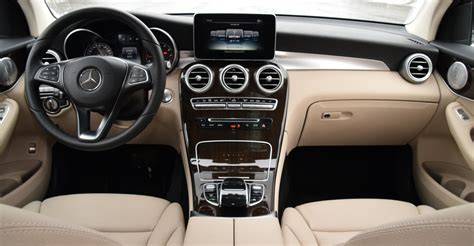 Visit cars.com and get the latest information, as well as detailed specs and features. Mercedes Glc 300 Interior Images - Home Alqu