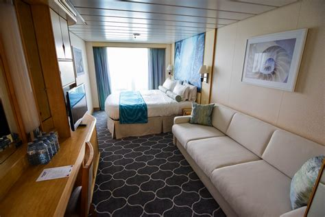 category  spacious ocean view stateroom  balcony