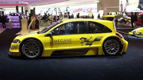 renault megane  team  revealed  paris motorcom