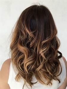 Ombré Hair Chatain : couleur balayage blond miel caramel notre guide d ~ Dallasstarsshop.com Idées de Décoration