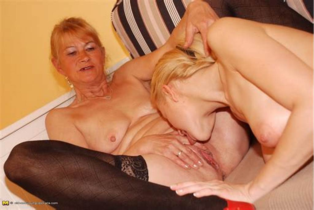 #Mom #Licks #Daughter #Pussy #While #She #Sleeps