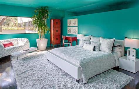 chambre blanche et turquoise décorer les murs d une peinture turquoise 38 idées d été