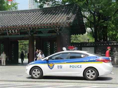 Police Car In Seoul, South Korea.jpg
