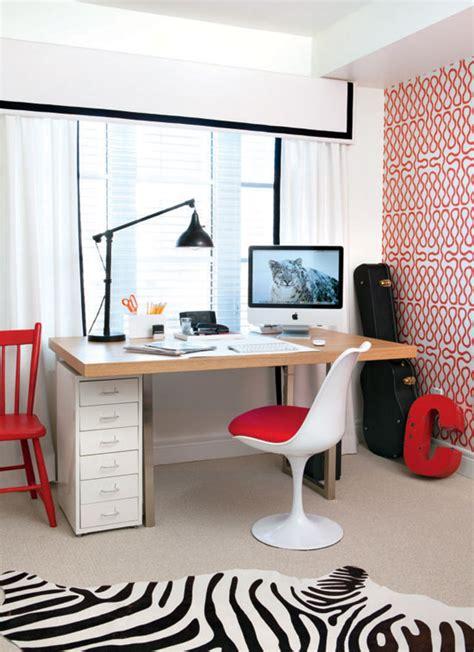 un bureau dans le salon aménager un mini coin bureau dans petit salon