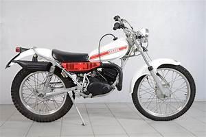 125 Enduro Occasion : yamaha 125 ty de 1976 d 39 occasion motos anciennes de collection japonaise motos vendues ~ Medecine-chirurgie-esthetiques.com Avis de Voitures