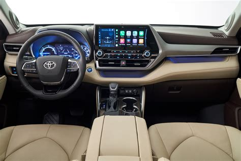 Toyota Kluger New Model 2020 by Toyota Rolls Out New And Improved Highlander For 2020