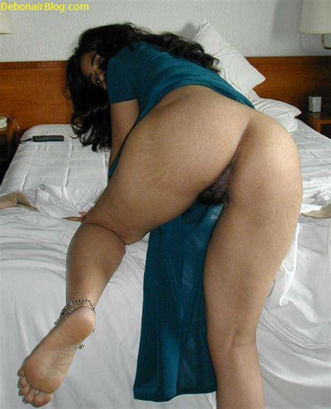 Moti Gand Wali Aunty Ki Photo बालों वाली चुत की नंगी फोटो
