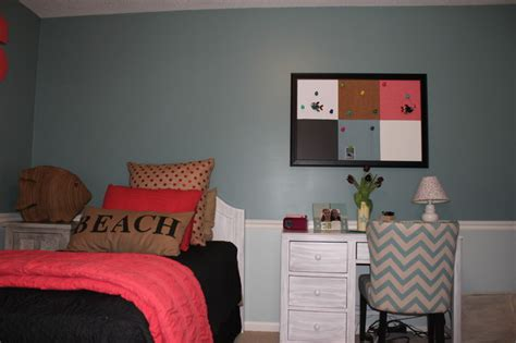 11 Year Old Girls Bedroom Project Custom Pillows And Wall
