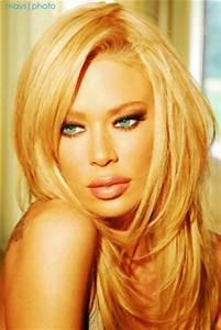 Update Resume Fashion Hollywood Makeup Artist Vogel