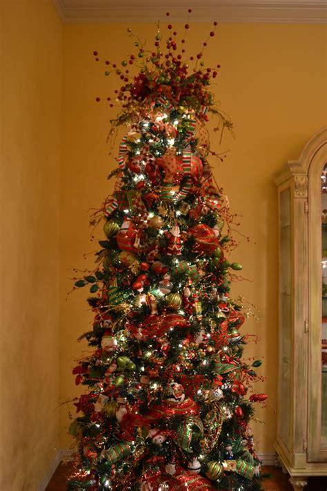 kristens creations decorating  christmas tree  mesh