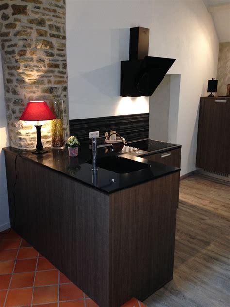 cuisines habitat cuisine plan granit noir cuisines habitat
