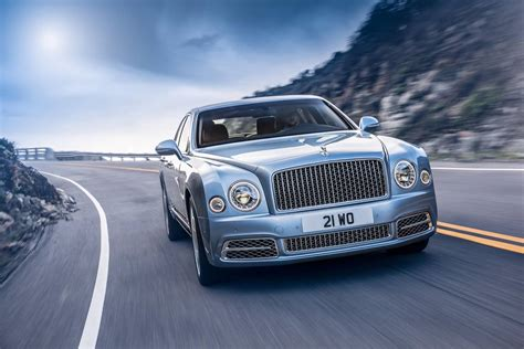 official 2017 bentley mulsanne gtspirit