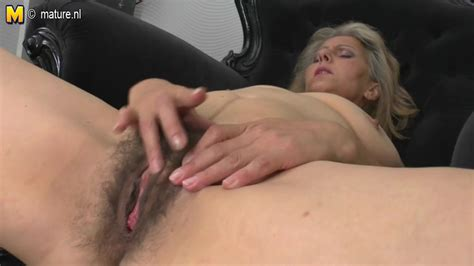 Mature Mother Masturbating Watching XHamster Free Porn