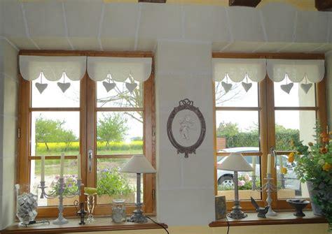 rideau de fenetre de chambre pour les fenêtres de la façade ou living ou chambre