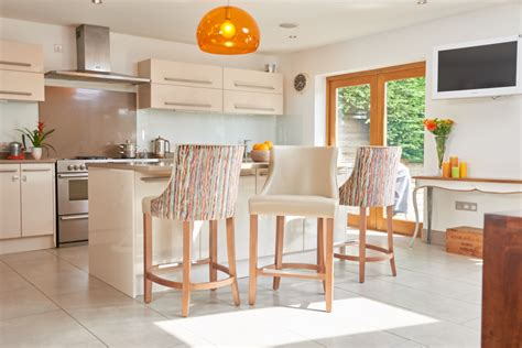 Breakfast Bar Chairs by Choosing The Breakfast Bar Chairs For Your Kitchen