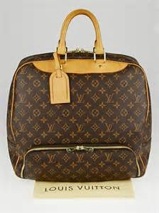 louis vuitton monogram canvas evasion travel bag yoogis